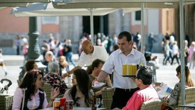 El empleo en el turismo crece un 1,8 % interanual en el segundo trimestre