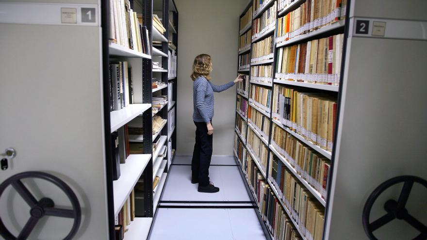 El Espai Joan Fuster acoge también la biblioteca personal del escritor de Sueca