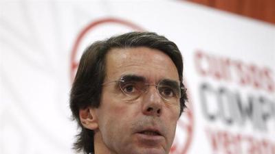Aznar reclama a los partidos no nacionalistas formar una alternativa en Cataluña