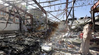 Mueren al menos 32 civiles en bombardeos de la coalición árabe en el Yemen