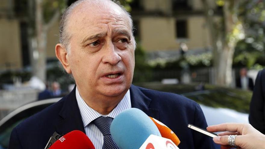 Todos los partidos salvo el PP reprueban al ministro del Interior
