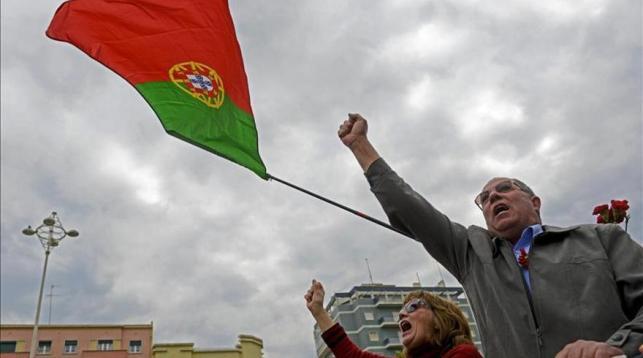 El mayor sindicato portugués pide comicios anticipados y apoya más protestas