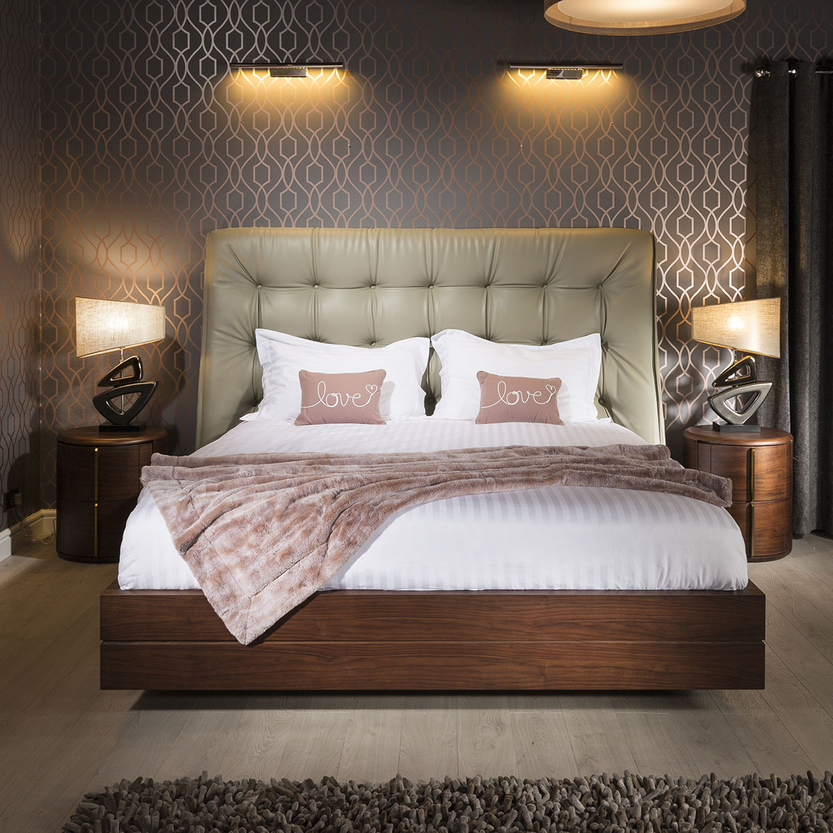 Quatropi Deluxe King Size Bed Frame And Headboard Walnut