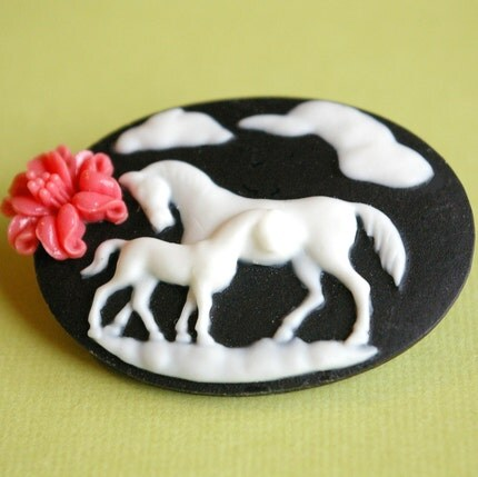 Pretty Ponies Brooch