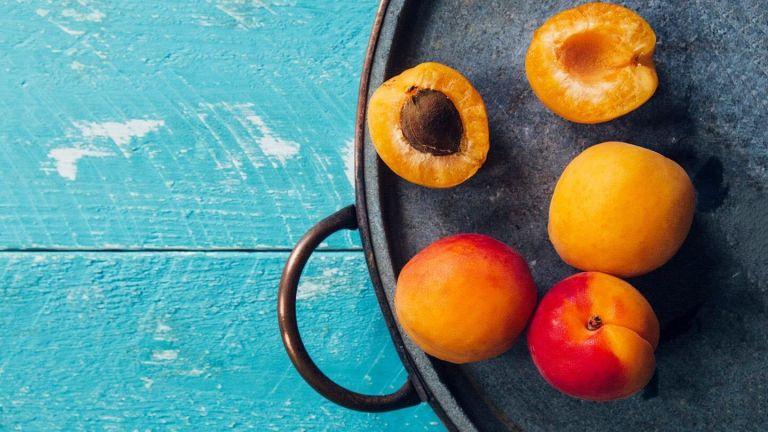apricots-best-fruits-for-a-diabetic-diet