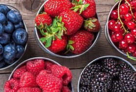 9 Amazing Health Benefits of Berries - Diet and Nutrition Center - Everyday  Health