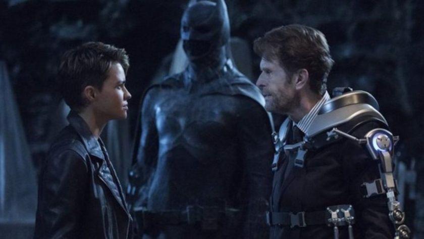Crisi sulle Terre Infinite: Kevin Conroy risponde alle critiche sul suo Bruce Wayne