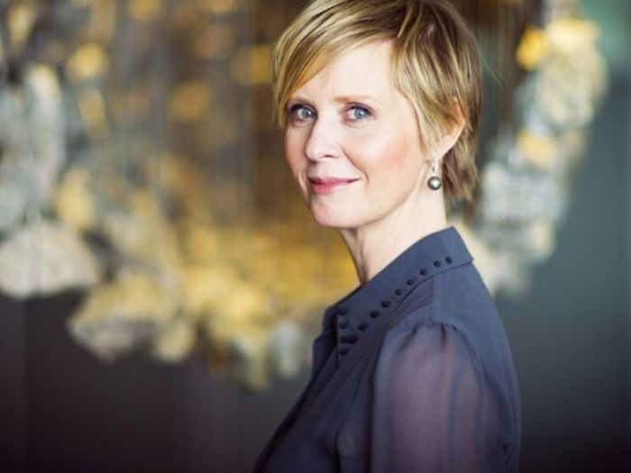 J.K. Rowling, Cynthia Nixon critica la scrittrice:'Le sue parole dolorose per mio figlio'