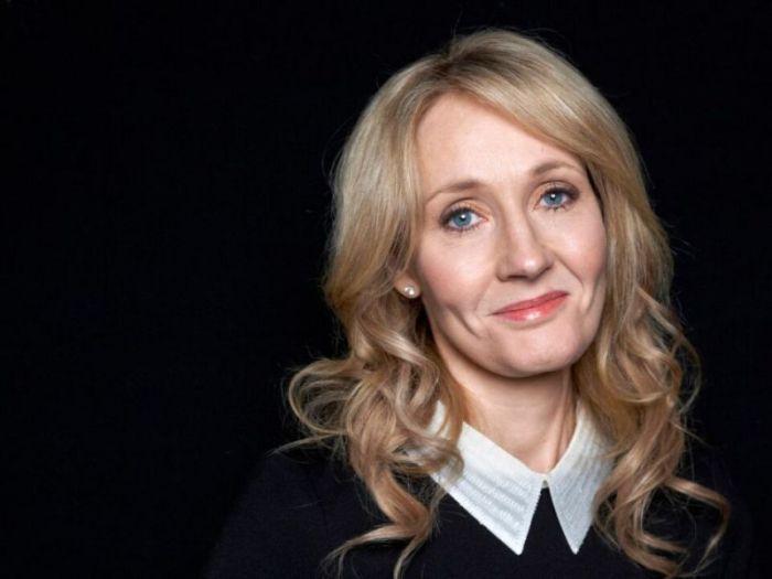 JK Rowling, il nuovo libro The Ickabog uscirà in libreria il prossimo 10 novembre