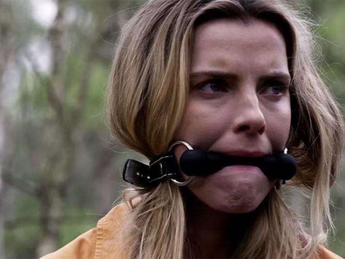 The Hunt: il controverso film Blumhouse torna con nuova data di uscita e trailer