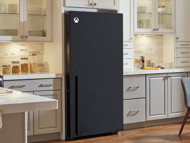 The Xbox Series X shaped fridge delivered to Snoop Dogg