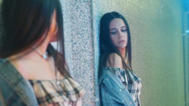 3-90206630-what-do-genz-ers-want-american-eagle-outfitters-cracked-the-code-813x457 How gun control and gay rights became key to selling jeans Interior