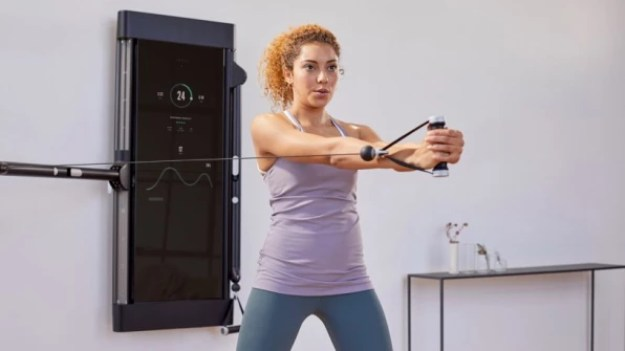 5-this-is-the-most-beautiful-exercise-machine-youve-813x457 This $2,995 home gym is like Peloton for weight-lifting Interior