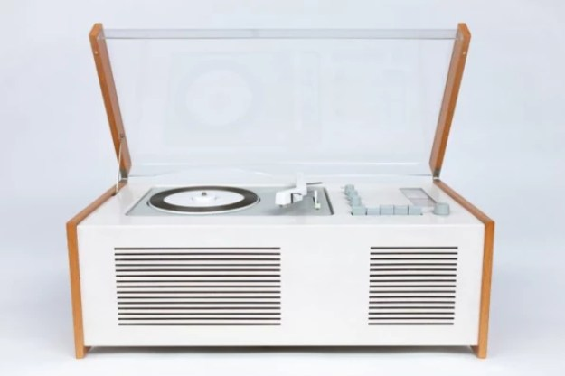 2-in-dieter-rams-final-interview-686x457 Dieter Rams wants Silicon Valley to stop Interior