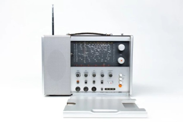 3-in-dieter-rams-final-interview-686x457 Dieter Rams wants Silicon Valley to stop Interior