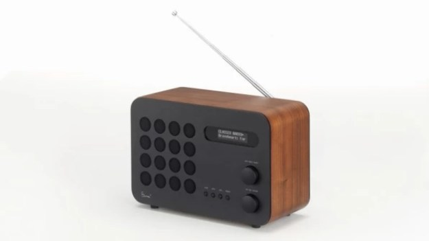 i-1-90245865-this-new-eames-radio-813x457 This long-lost Eames design is being produced for the first time Interior