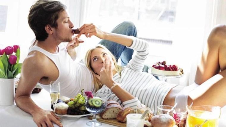 Cibi afrodisiaci per uomo: gli alimenti che aiutano l'erezione