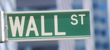 US-Konjunkturpaket im Fokus: Kursverschiebungen: Trumps Entscheidung entgleitet der US-Wechselkursbotschaft
