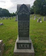 Grave marker of Miss Grace Darling Lee