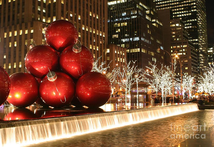 Christmas In The City Photograph By Living Color