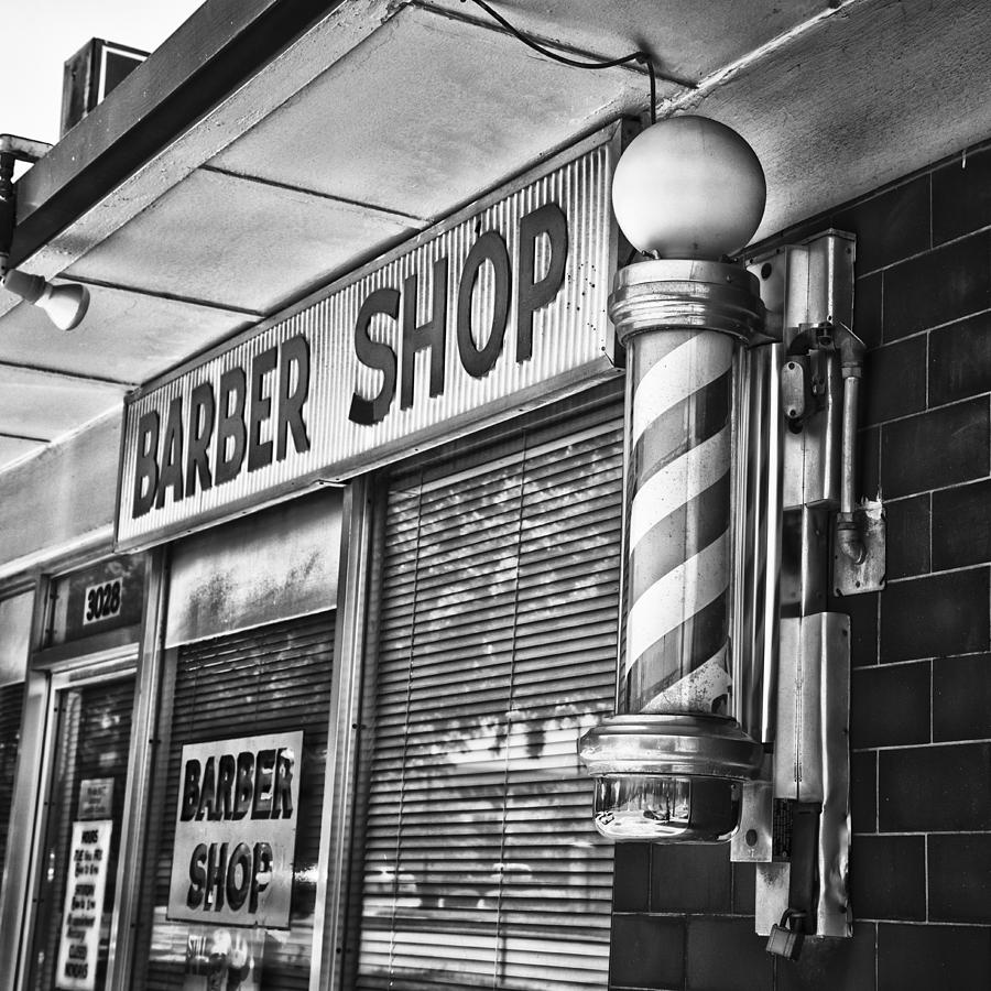 Foxs Barber Shop Black And White Photograph by David Waldo