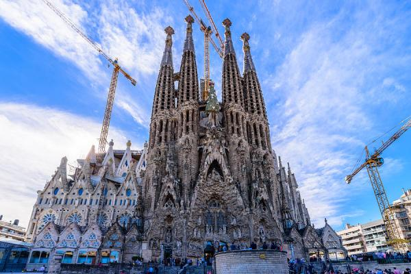 Basilica De La Sagrada Familia Photograph by Randy ...