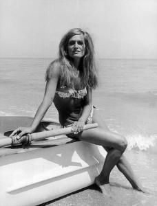 Dalida On The Beach In Rome In 1968 By Keystone-france