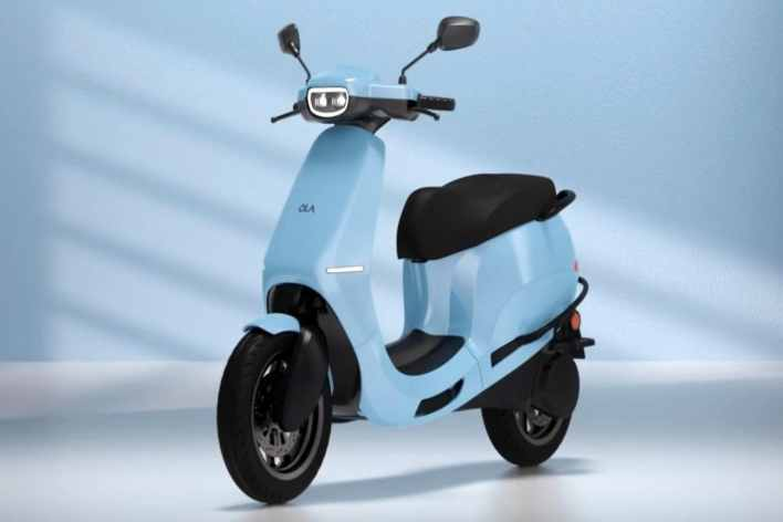 ola electric amasses over 80,000 confirmed orders for s1 electric scooter within 12 hours on day 1 of sales- technology news, firstpost