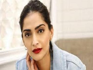 Coronavirus Outbreak: Sonam Kapoor joins initiative to raise funds to provide N95 masks for Mumbai Police personnel 10