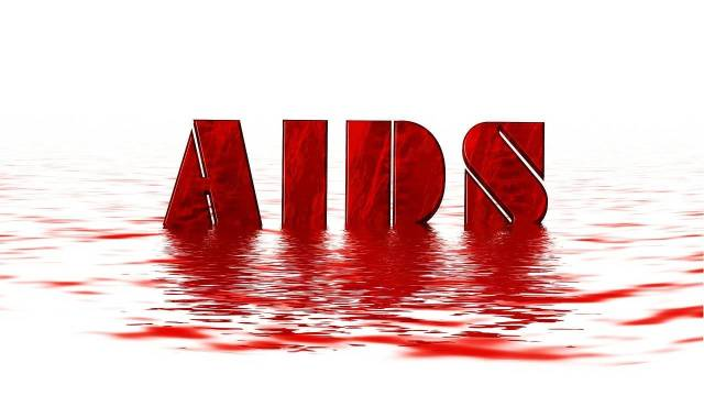 The first case of AIDS was reported among sex workers in Chennai.