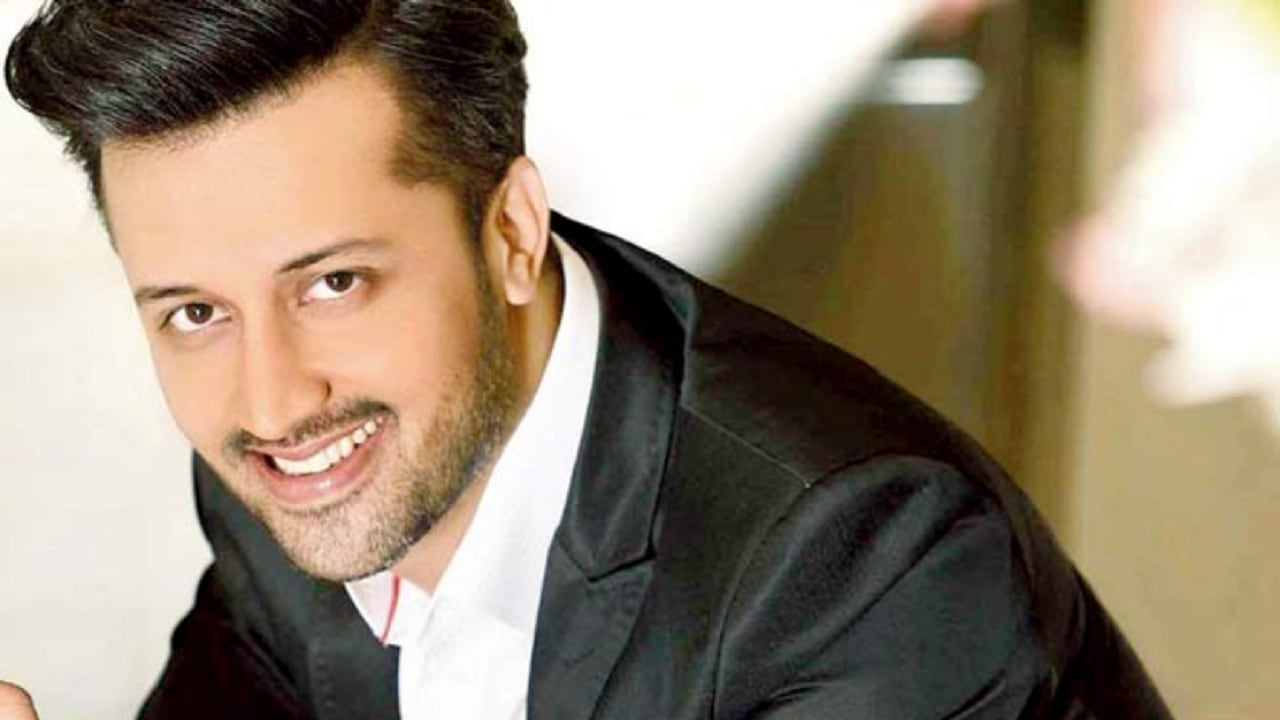 T-Series takes down Atif Aslam's Kinna Sona from YouTube after objections from MNS over Pakistani singers- Entertainment News, Firstpost 25