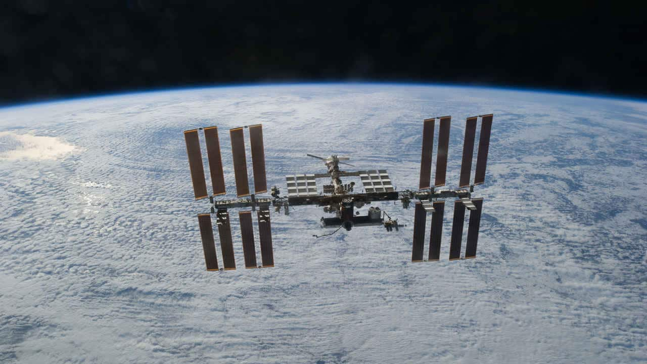 Astronauts pinpoint source of 'non-standard' air leak on ISS, exact location still unknown- Technology News, Gadgetclock