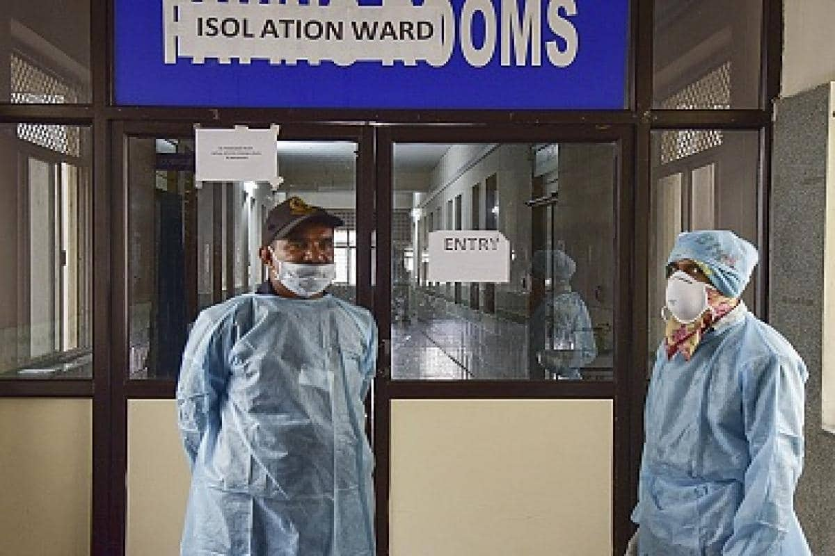 Coronavirus LIVE Updates: With 52,050 new cases reported today, India's total rises to 18.5 lakh; toll at 38,938