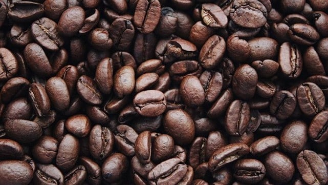 Study reveals coffee consumption may slow disease progression and increase life expectancy of colorectal cancer patients