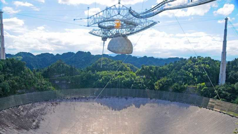 Dilapidated Puerto Ricos Arecibo Observatory telescope collapses after receiver falls into radio dish