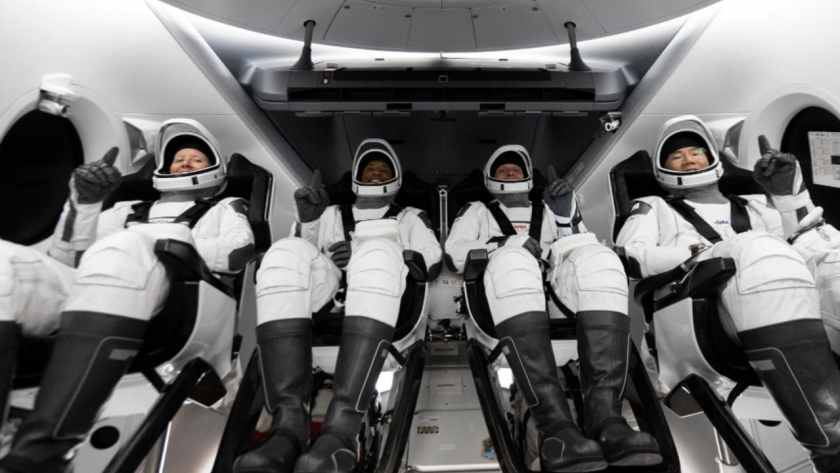 NASA astronauts Mike Hopkins, Victor Glover, Shannon Walker, and Japan Aerospace Exploration Agency astronaut Soichi Noguchi ready to launch during the Crew-1 mission. Image credit: NASA/Twitter