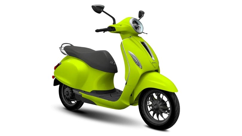 Bajaj Chetak price hiked to Rs 1.43 lakh, bookings for electric scooter closed again