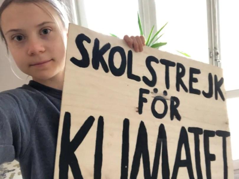 Greta Thunberg berates politicians for ignoring climate change, destroying environments around the world- Technology News, Gadgetclock