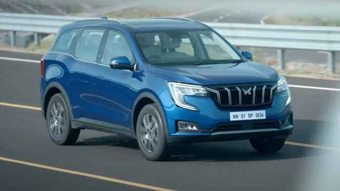 The Mahindra XUV700 will be offered with 2.0-litre petrol and 2.2-litre diesel engines. Image: Mahindra
