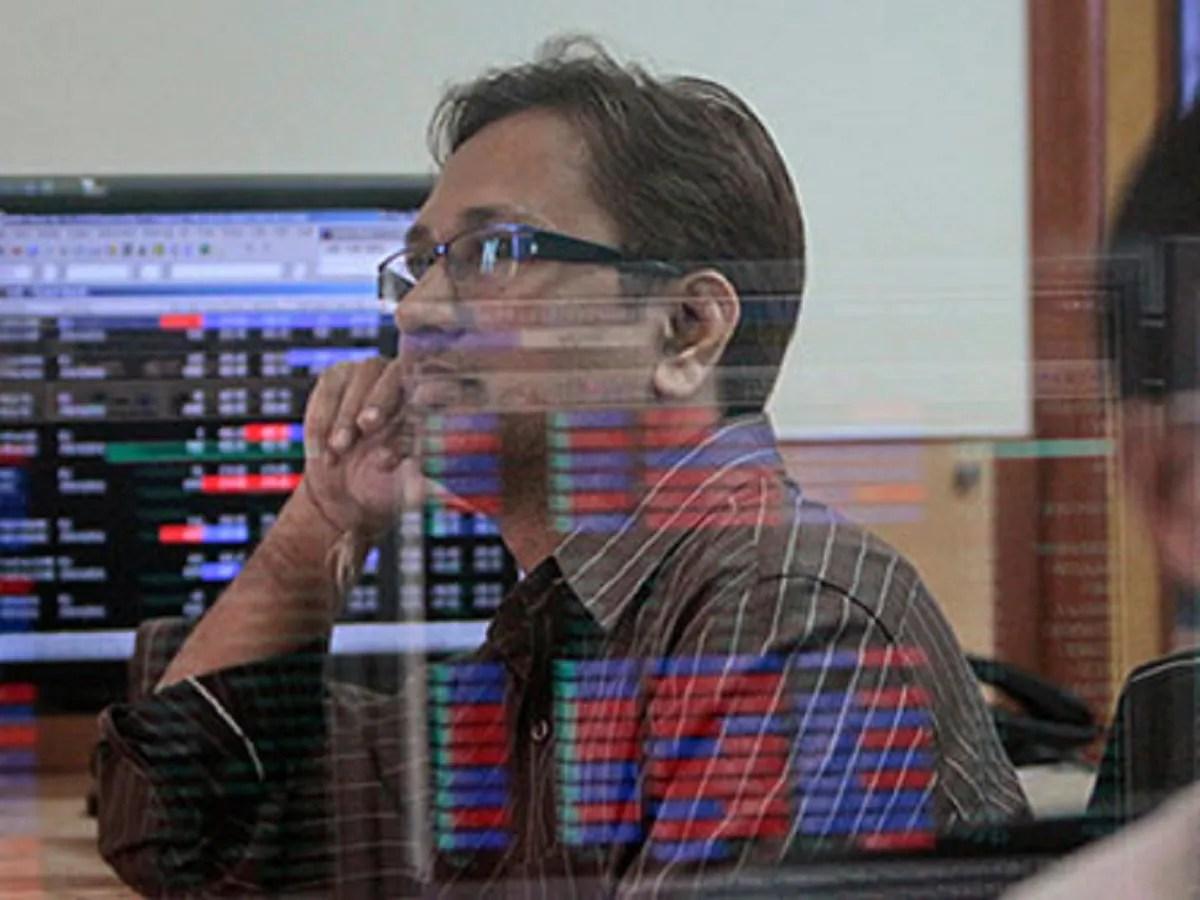 Market roundup: Sensex falls below 51,000, Nifty ends at 15,080; metal, financial stocks drag down indices