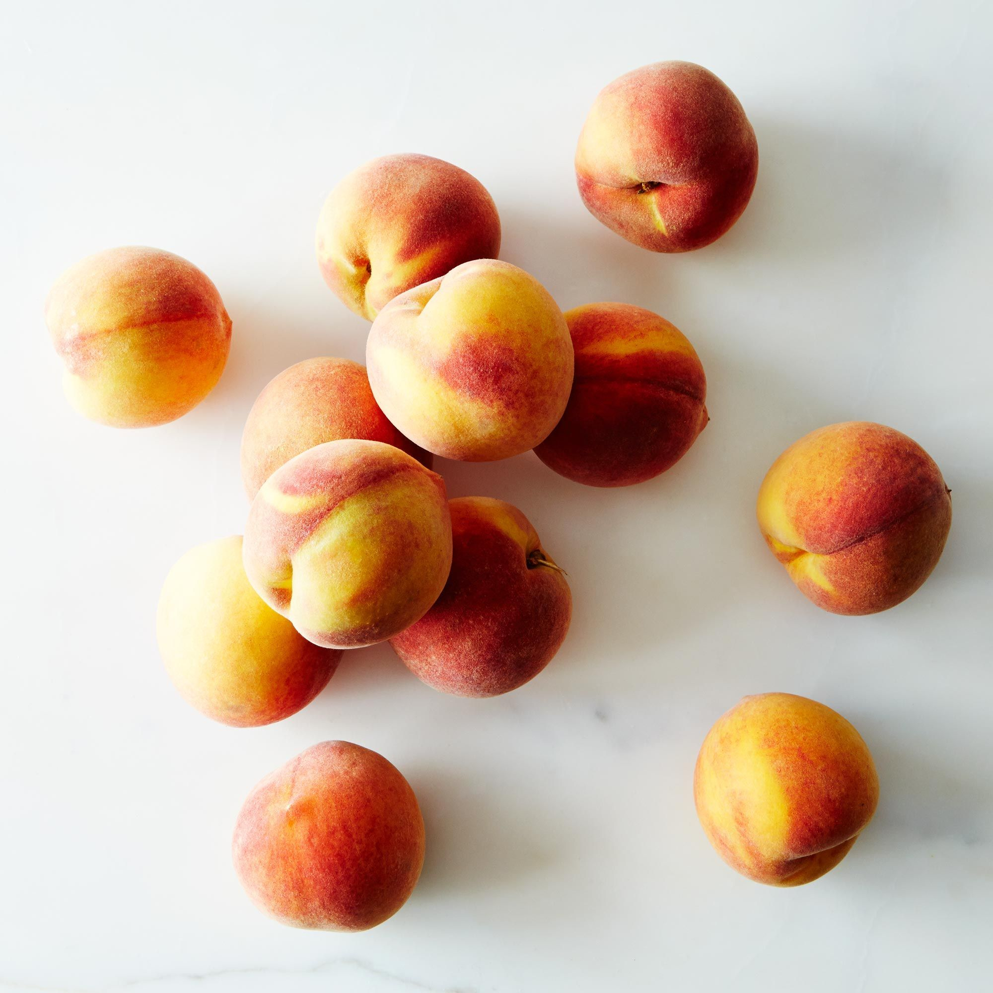 Frog Hollow Farm Organic Peaches - Large