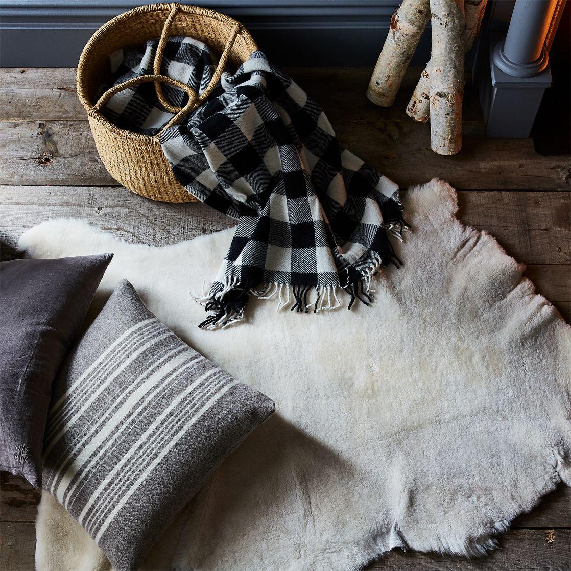 Natural Sheepskin - Ivory