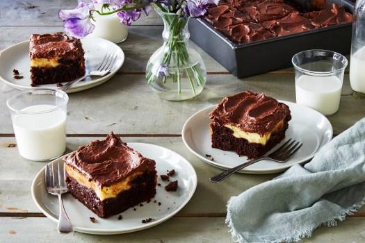 fudgy cream cheese chocolate cake