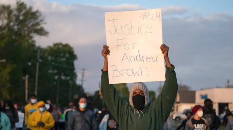 Andrew Brown Jr.: NC city council calls on sheriff to ...