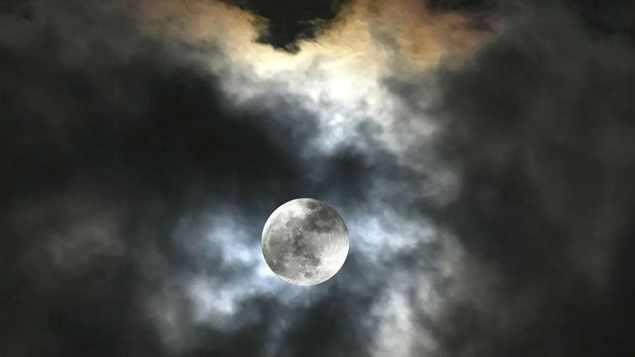 The hunter's moon will reach peak illumination at 10:57 a.m. Rare blue moon to light up night sky on Halloween 2020