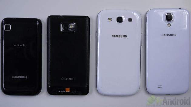 Samsung-Galaxy-S4-Famille-Galaxy-Dos