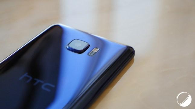 HTC-U-et-U-Ultra-1-sur-49