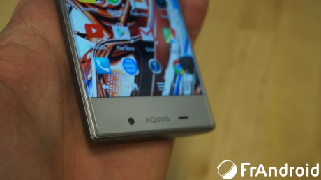 Sharp-Aquos-Crystal11