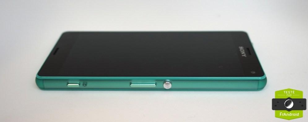 Sony-Xperia-Z3-Compact-vert-deau-1