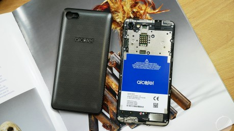 alcatel-a5-led-5